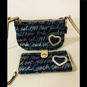 💛 SOLD Gold Coach Crossbody 💛 plus Wallet Set 💛
